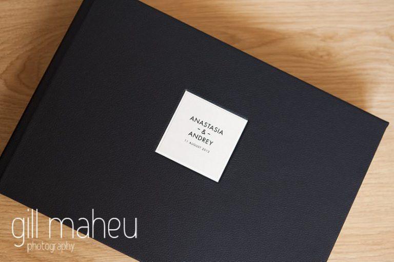 Queensberry wedding album cover details by Gill Maheu Photography, photographe de mariage