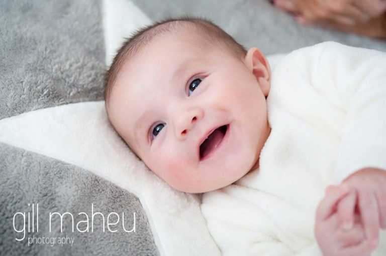 adorable smiling baby in new baby new family portrait session in Aix les Bains by Gill Maheu Photography, photographe de bébé et famille