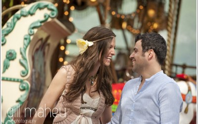 Engagement session – a merry-go-round, lollipops and the gorgeous Sonia & Victor – Annecy, France