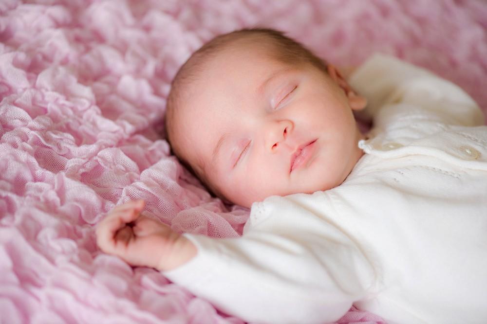 new baby session – Geneva – Gill Maheu Photography