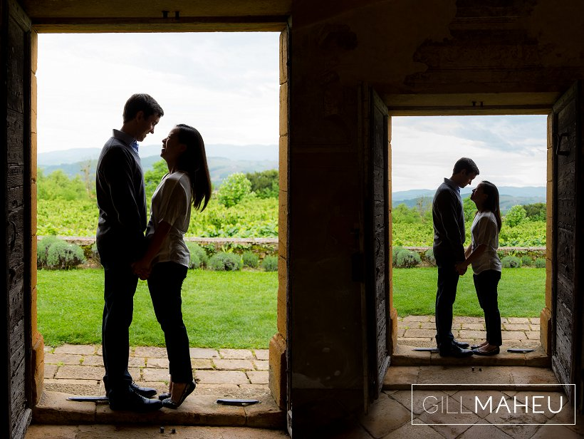 engagement-couple-prewed-pre-mariage-chateau_bagnols-beaujolais-rhone-alpes-gill-maheu-photography-2015_006
