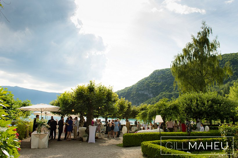 gorgeous-speedboat-wedding-abbaye-talloires--gill-maheu-photography-2015_0131