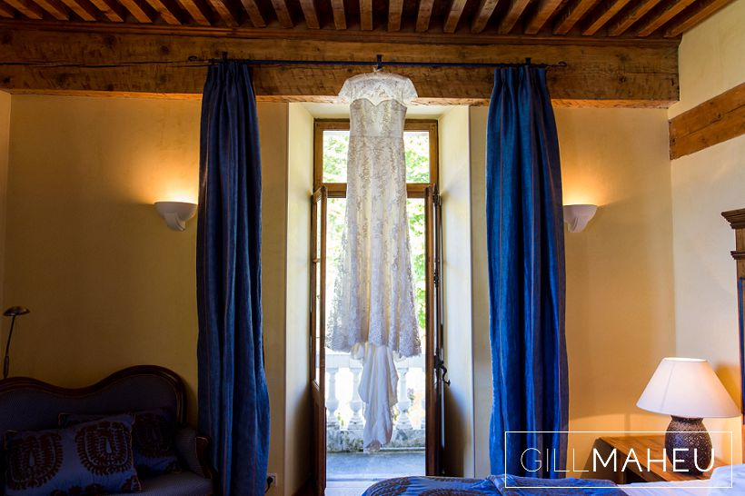 beautiful-autumn-wedding-abbaye-talloires-october-gill-maheu-photography-2015__0012
