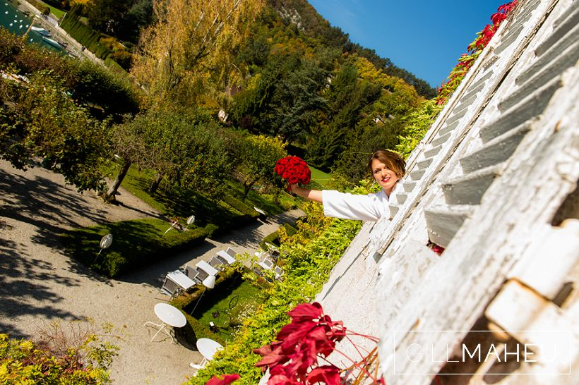 beautiful-autumn-wedding-abbaye-talloires-october-gill-maheu-photography-2015__0027