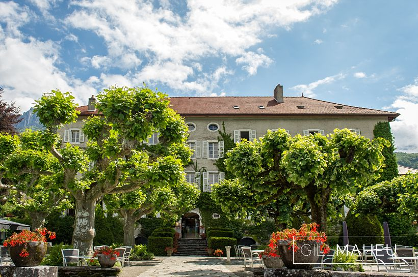 gorgeous-abbaye-talloires-wedding-mariage-gill-maheu-photography-2016__0027