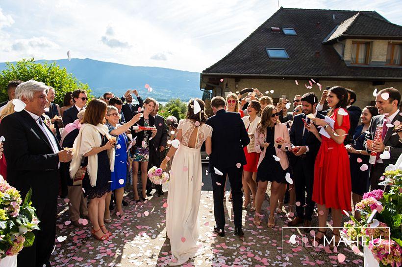 gorgeous-abbaye-talloires-wedding-mariage-gill-maheu-photography-2016__0075