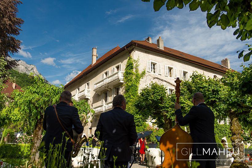 gorgeous-abbaye-talloires-wedding-mariage-gill-maheu-photography-2016__0131