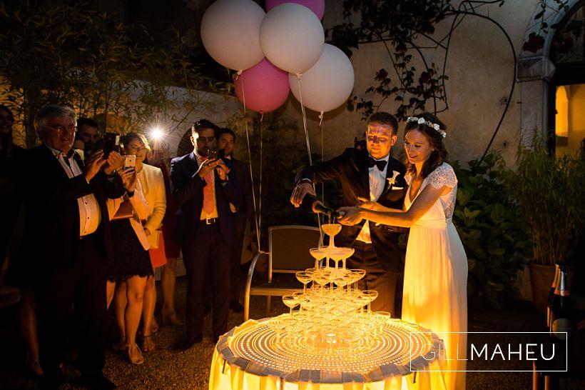 gorgeous-abbaye-talloires-wedding-mariage-gill-maheu-photography-2016__0156