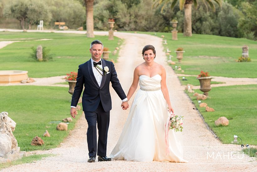 A dream wedding – Chateau de Robernier – Provence – C&A