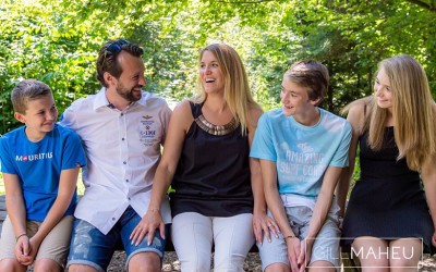 SUNNY FAMILY LIFESTYLE SESSION – LAUSANNE