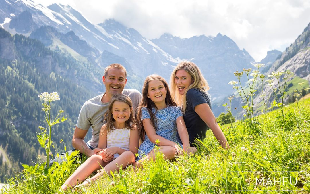 preview – stunning family lifestyle session in Bernese Alps – F&R
